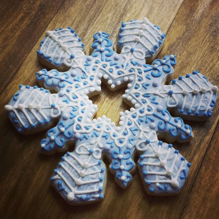 ... Cookies: Winter/Snowmen on Pinterest | Snowflakes, Penguins and Snow