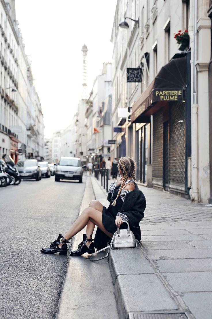 Paris, Eiffel tour views: http://www.ohhcouture.com/2016/10/paris-update-pfw/ |  #paris #ohhcouture #leoniehanne