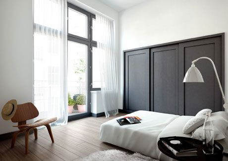 Oscar Properties : Stråhattsfabriken #oscarproperties bedroom, windows, curtains, lamps, interior