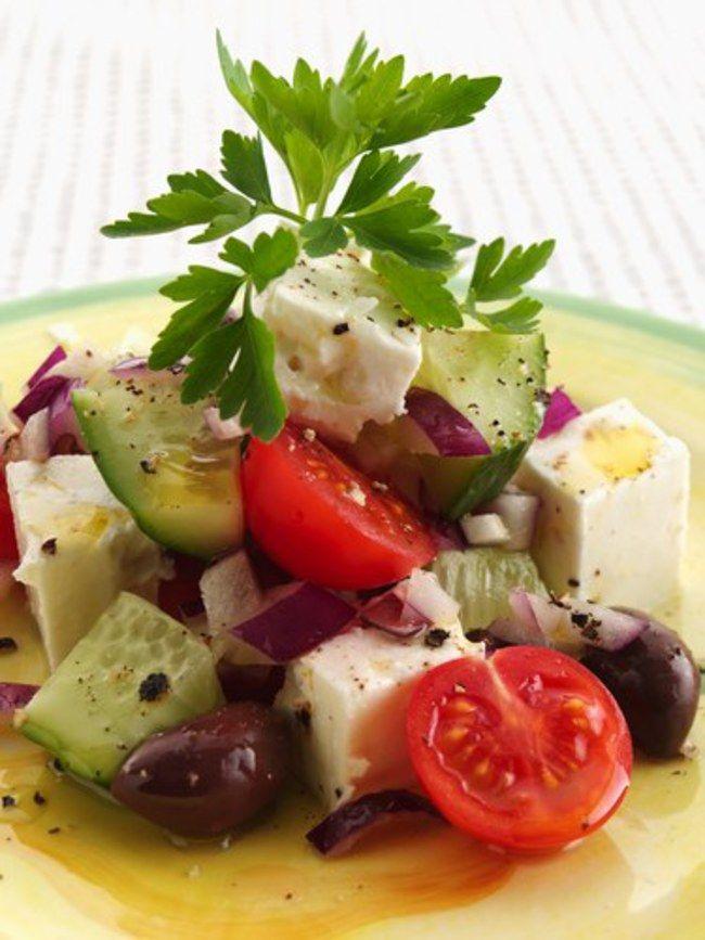 Salade grecque à la feta : recette salade grecque feta