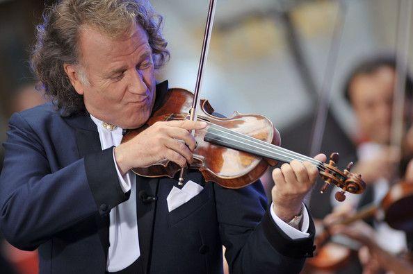 Andre Rieu Johann Strauss Orchestra Perform