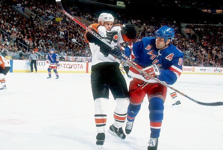 """2017 Where Are They Now: Eric Lindros """"New York Rangers (2002)"""""""