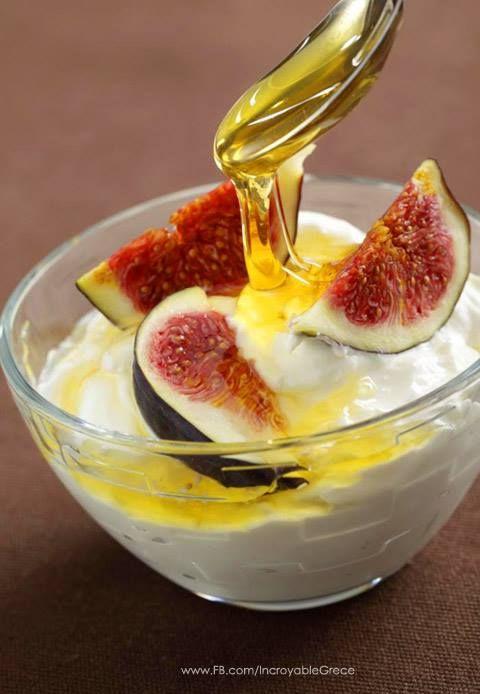 Ambrosia ! Greek Yogurt, greek Honey and figs !