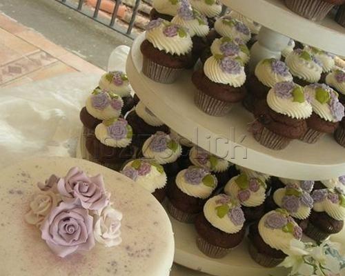 CUPCAKES AL BUFFET DI DOLCI a Torte Artistiche di Irene Gabellone  #nozze #torta #matrimonio