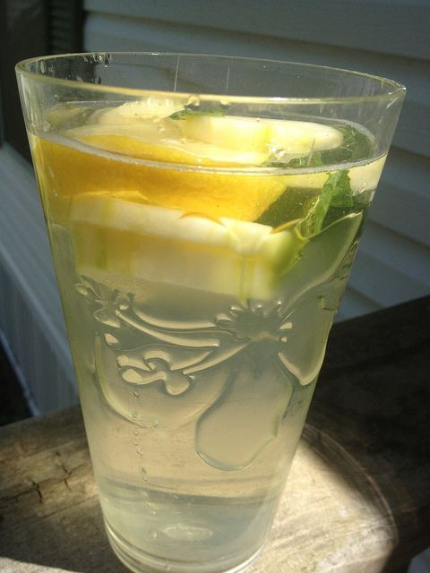365 Paleo Recipe Project: DAY 33 - Cucumber-Lemon Water