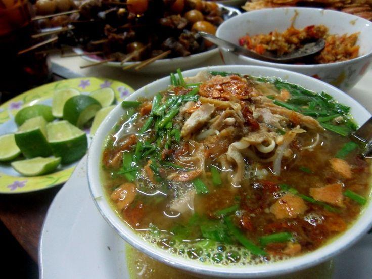 Soto Kudus traditional food from Kudus http://www.goindonesia.com/id/indonesia/jawa/kudus/makanan_tradisional/soto_kudus