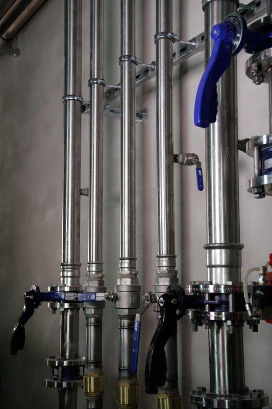 Tubería de acero inoxidable de la sala de máquinas #Pressfitting #acero #inoxidable #instalaciones #tubo #resistencia #isotubi