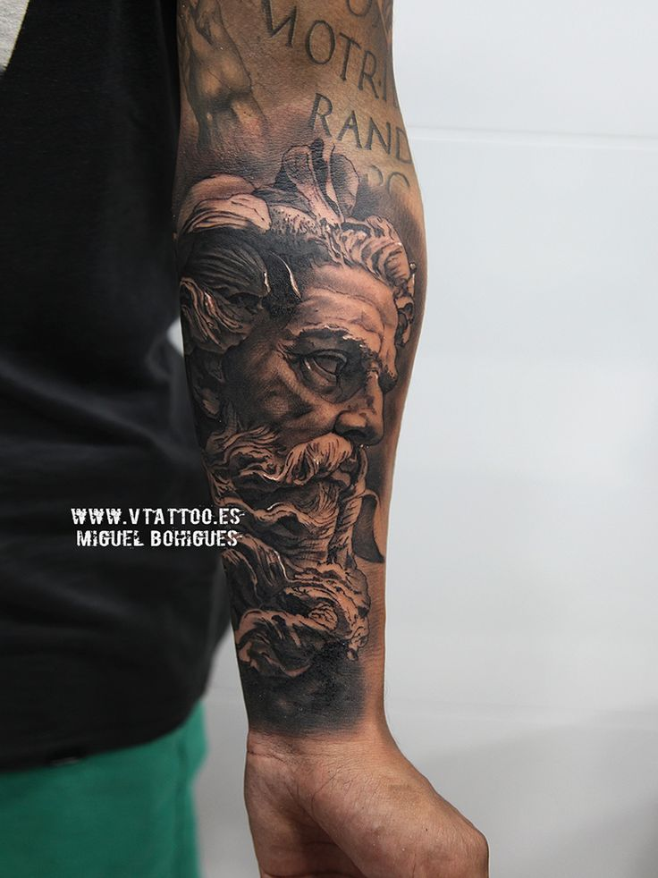 neptune v tattoo copia