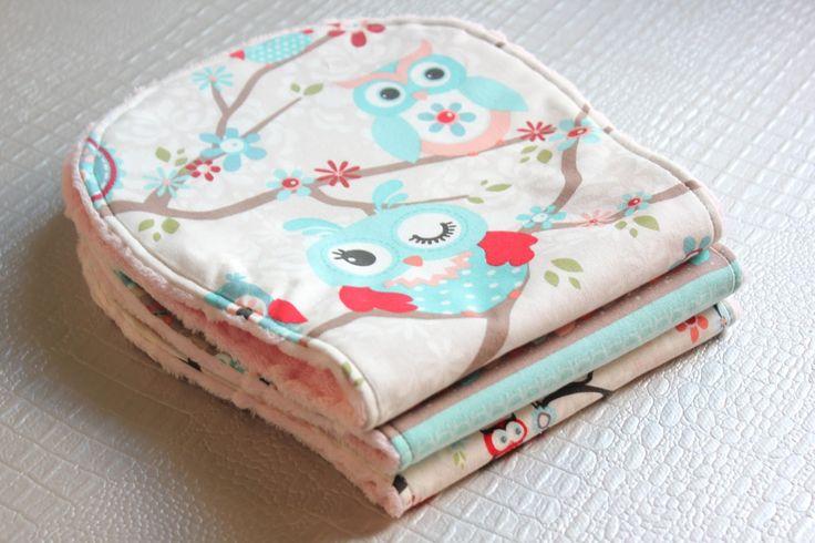DIY: Cómo hacer toallas de eructar para bebé con tela minky ~ Sara's Code: Blog…