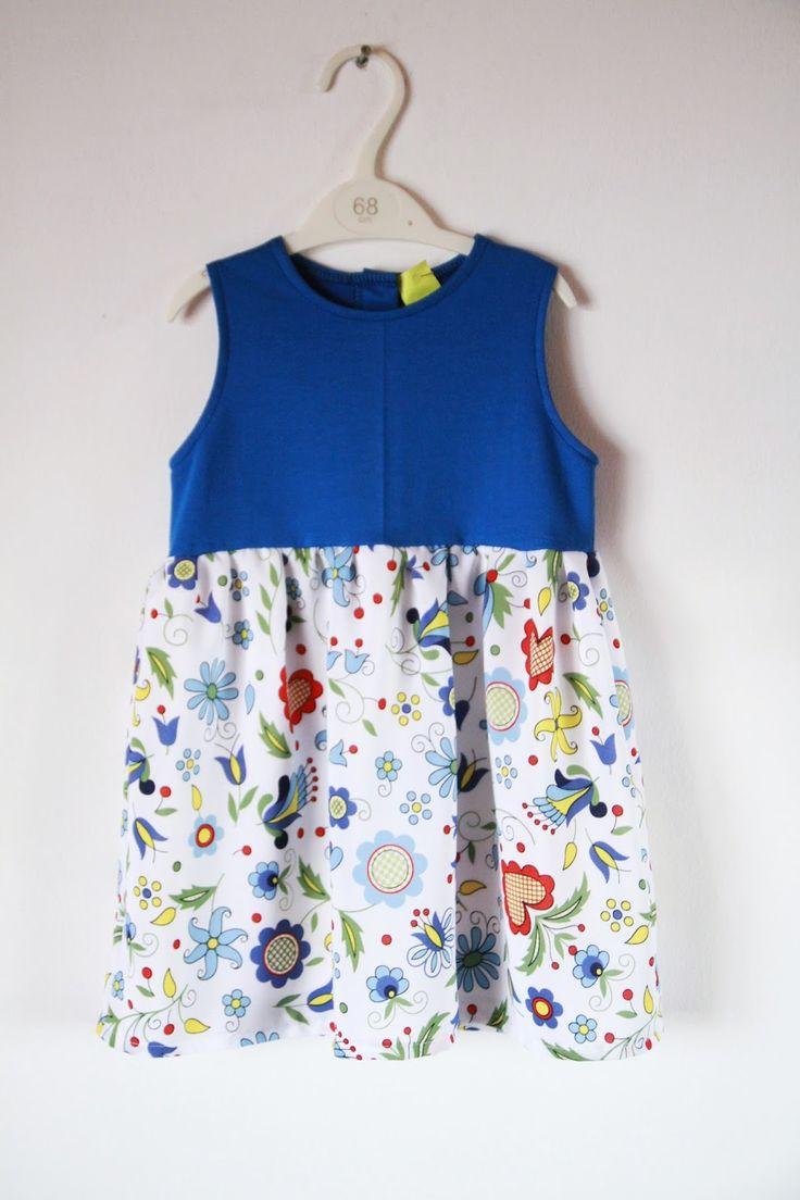 Catwalk: Folklor w modzie- sukienka dziecięca
