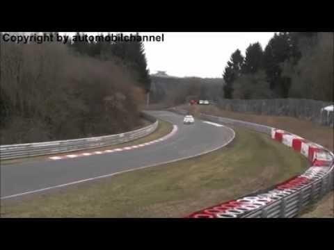 GTR crash Nurburgring 2015