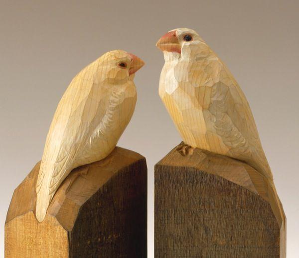 白文鳥 高村光太郎 1931年頃 個人蔵(フジヰ画廊) 撮影:髙村規このたび、武蔵野美術大学 美術館・図書館では、展覧会「近代日本彫刻展 ― A Study of Modern Japanese Sculpture」を開催します。  本展は、西欧の研究者が日本の近代彫刻を紹介するこれまでにない試みとして、エドワード・アーリントン教授(Edward Allington/ロンドン大学スレード校大学院)の協力のもと、リーズ(イギリス)にあるヘンリー・ムーア・インスティテュートによって企画され、同地にて2015年1月18日から4月19日まで開催されました。西欧の視座から日本の近代彫刻とその歴史を見直すことで、日英の双方が「彫刻」についての認識を深める一方で、イギリス展を契機に、西欧においても「近代日本彫刻」が新たな研究分野として確立されることが期待されます。…