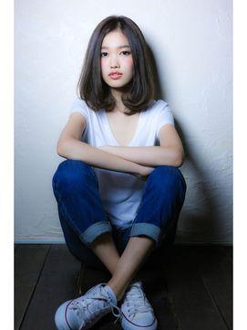 面長にあう♡黒髪ミディアムストレートヘアカタログ(前髪あり/なし) | 美人部