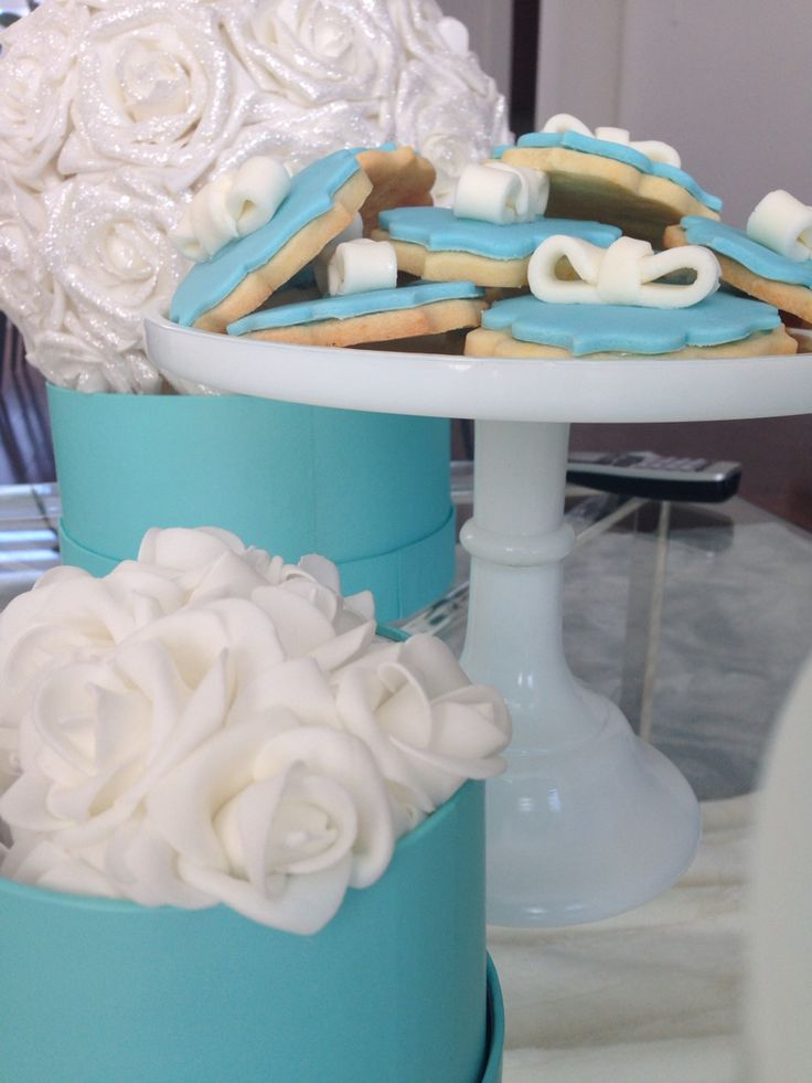 Tiffany cupcakes and cookies