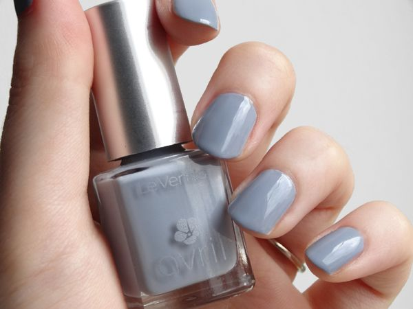 Ongles vernis gris for Vernis a ongle miroir