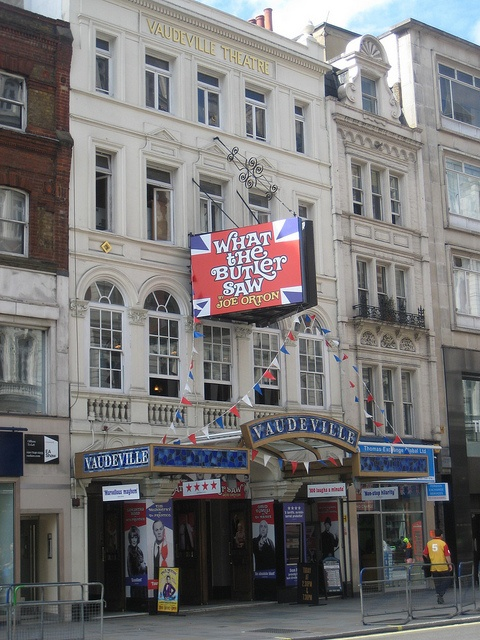 What The Butler Saw Vaudeville Theatre London by AndyRobertsPhotos, via Flickr    http://theatrebreaks.co/wiki/What_The_Butler_Saw