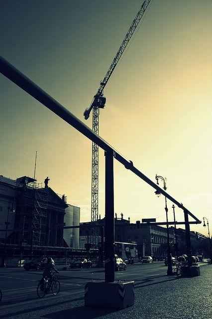central #berlin, close to #hauptbahnhof, cranes and pipes