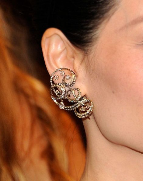 Lorraine Schwartz Black Diamond and Platinum Embroidered Earrings on Lucy Liu, Met Gala 2011