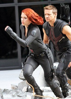 Black Widow and Hawkeye If anyone has read rangers apprentice...wouldn't he be an AWESOME Halt!?!?