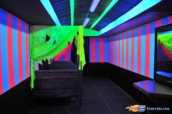 89/92 | Photo des soirées de l'horreur, Terenzi Horror Nights 2009 situé pour la saison d'halloween à @Europa-Park (Rust) (Allemagne). Plus d'information sur notre site http://www.e-coasters.com !! Tous les meilleurs Parcs d'Attractions sur un seul site web !!