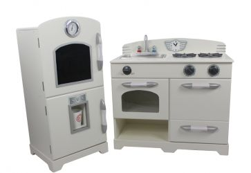 Just arrived is the Lily Cottage Childrens Wooden Kitchen - delightful!