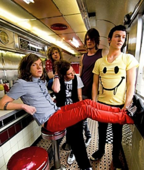 Drugs and poverty haven't stopped the Kentucky natives, Cage The Elephant from achieving nationwide success. Their sophmore release, Melophobia was a remarkable follow up to their criticially acclaimed breakthrough album, Thank You, Happy Birthday.
