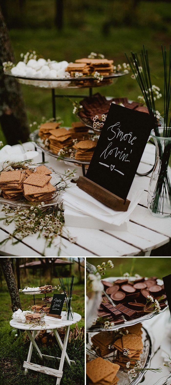Eine S & M-Bar ist die perfekte gemütliche Note für Ihren Winter- oder Herbstempfang …   – Wedding Decor