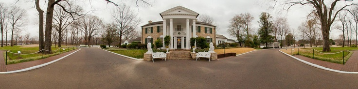 This is a 360˚ view of the entrance to Elvis Presley's Graceland Mansion. Step inside Graceland Mansion and follow in the same steps as Elvis himself as you enjoy an audio-guided tour featuring commentary and stories by Elvis and his daughter Lisa Marie. See where Elvis lived, relaxed and spent time with his friends and family. The Graceland Mansion tour includes Elvis' living room, music room, parents' bedroom, dining room, kitchen, TV room, ...