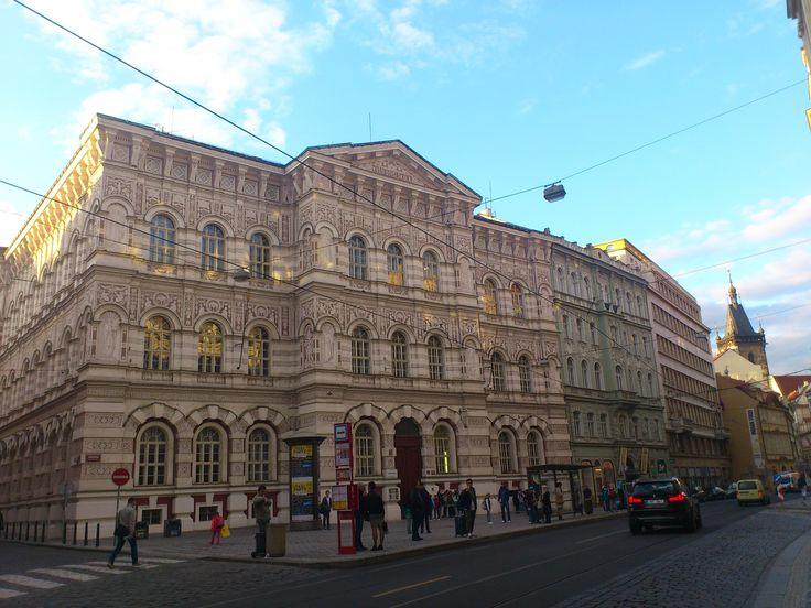 Praha 1, Vyšší dívčí škola ve Vodičkově ulici
