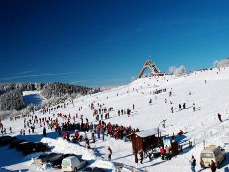 Los mejores destinos para deportes de invierno en Europa - http://vivirenelmundo.com/los-mejores-destinos-para-deportes-de-invierno-en-europa/4506