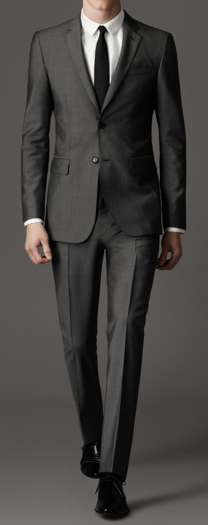 $1295 / Burberry / 38115681: Modern Fit Wool Mohair Suit