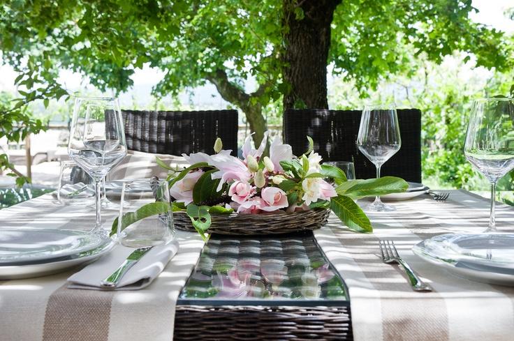 Laden Table © photo Francesca Pagliai