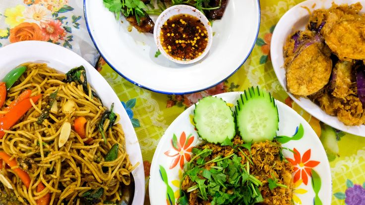 Best Thai Restaurants in Los Angeles....Noodles, spice and everything nice.