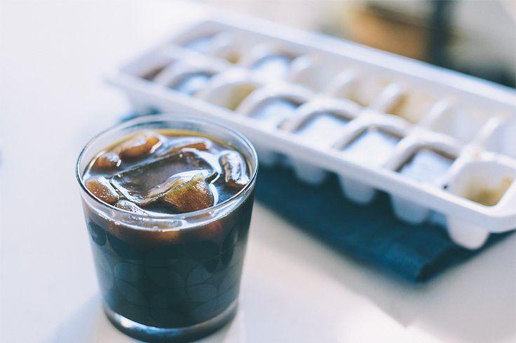 Ice coffee with coffee cubes...recipe from Starbucks. #icecubes #starbucks