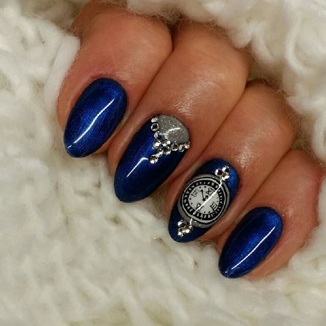 Bright Colors For New Year Nails 2019 Clock Design New Year S Nails Christmas Nails Nails