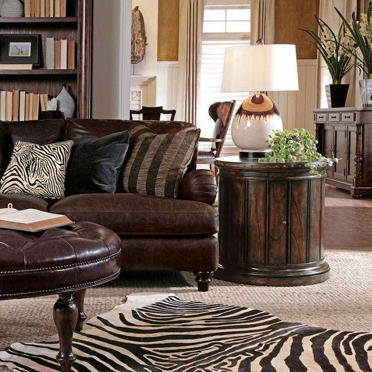 tapis peau de zèbre, coussin et meubles inspirés de l'art africain
