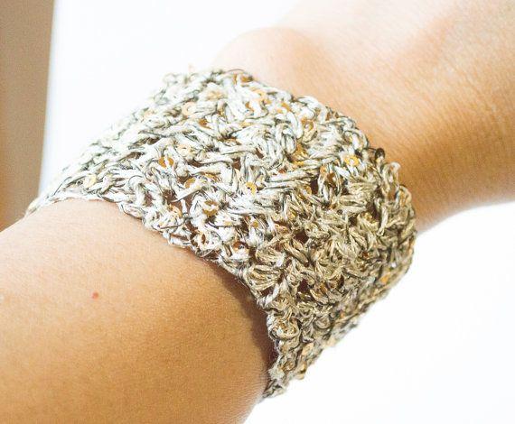 Handmade Crochet Unique Women's Bracelets by UnikacreazioniShop