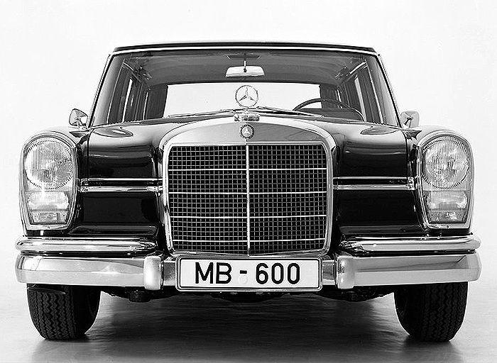 Old classic cars: Mercedes classic cars
