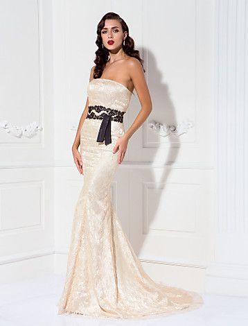 Trumpet/Mermaid Strapless Sweep/Brush Train Lace Evening Dress - USD $ 229.99