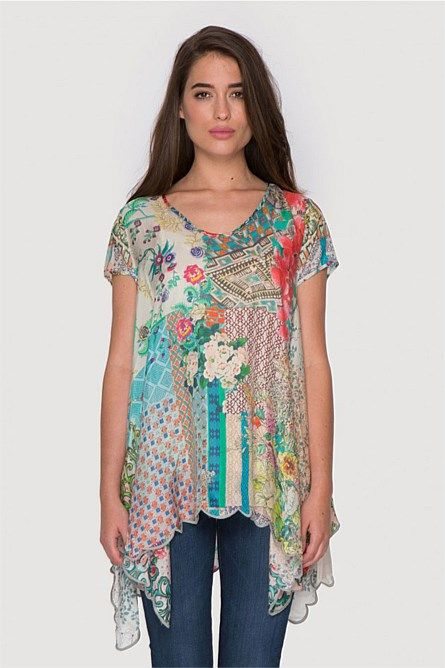 Azzy Drapy Top