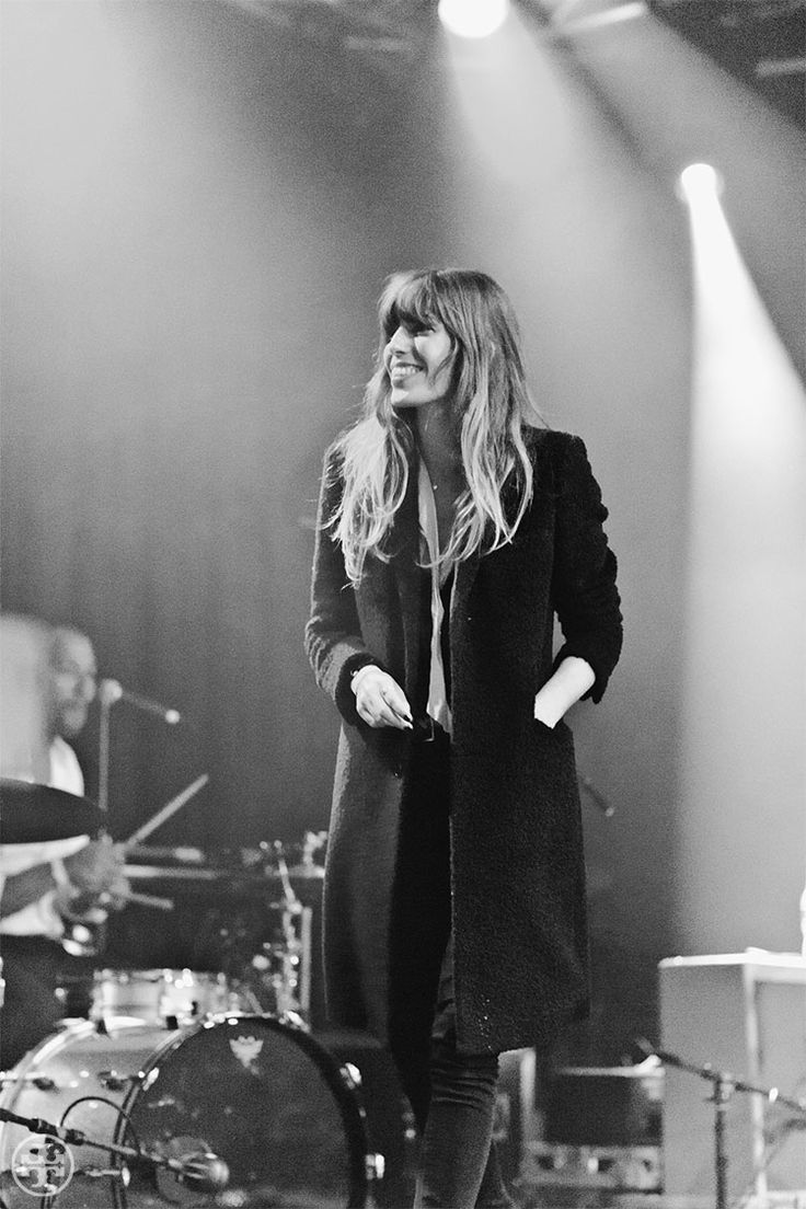 The inimitable Lou Doillon, onstage at New York's Highline Ballroom.