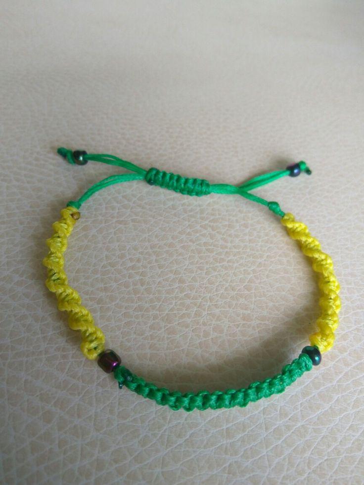 Brazil macrame bracelet