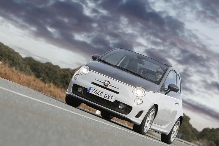 Puedes encontrar coches de segunda mano en Alicante como este en: http://www.auto10.com/segunda-mano/alicante/l