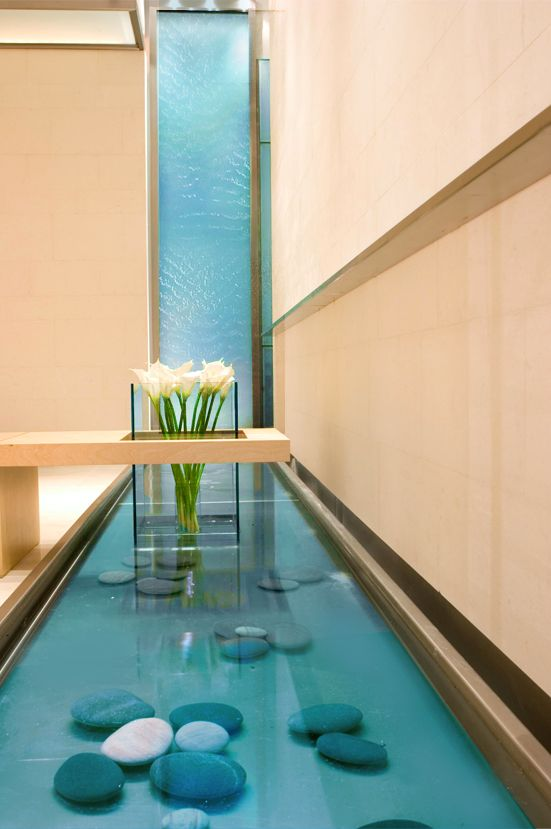 Interior Water Features ~ http://modtopiastudio.com/some-steps-on-how-to-make-indoor-waterfalls-design-come-true/