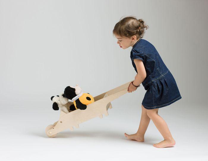 MORMI - wooden toy