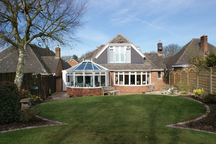 Victorian Conservatories Distant. http://www.finesse-windows.co.uk/conservatories.php