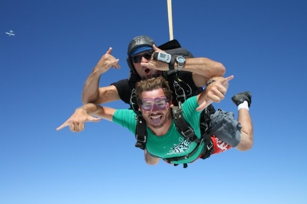 Skydiving over the North Shore of Oahu, Hawaii #greatwalker