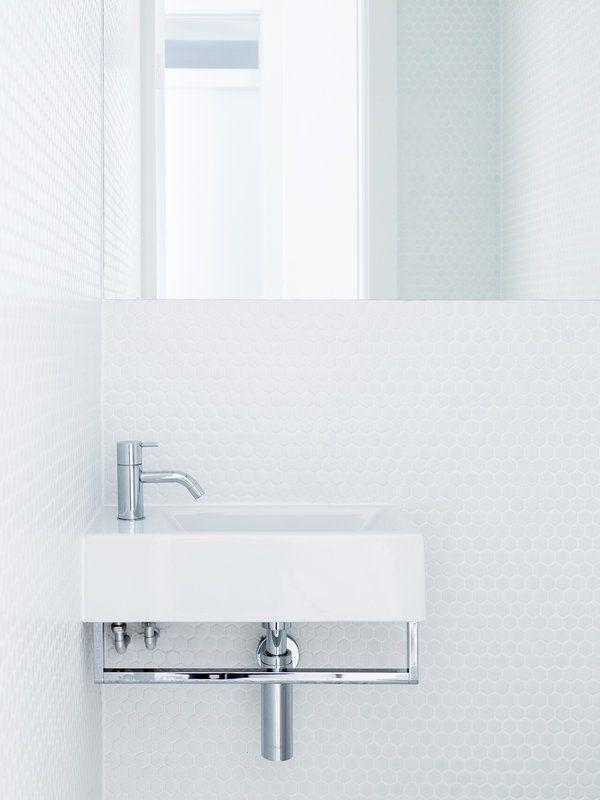 Un apartamento bien aprovechado bathroom apartamentos for Sharon goldreich