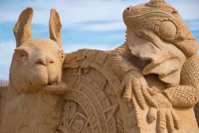 Incredible detail is achieved using brick loam sand and a handful of tools.