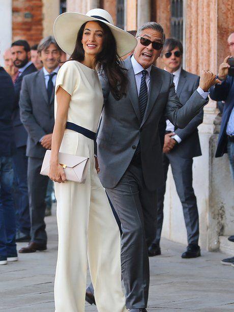Amal Clooney  Amal Clooney glänzt nicht nur mit ihrem Style, sondern steht sowohl im Gerichtssaal als auch auf dem rotem Teppich mit beiden Beinen fest auf dem Boden  BEKANNT ALSAmal Clooney VORNAMEAmal Ramzi NAMEClooney, geborene Alamuddin GEBURTSTAG3. Februar 1978 ALTER38 Jahre GEBURTSORTBeirut / Libanon GRÖSSE1,75 m STERNZEICHENWassermann